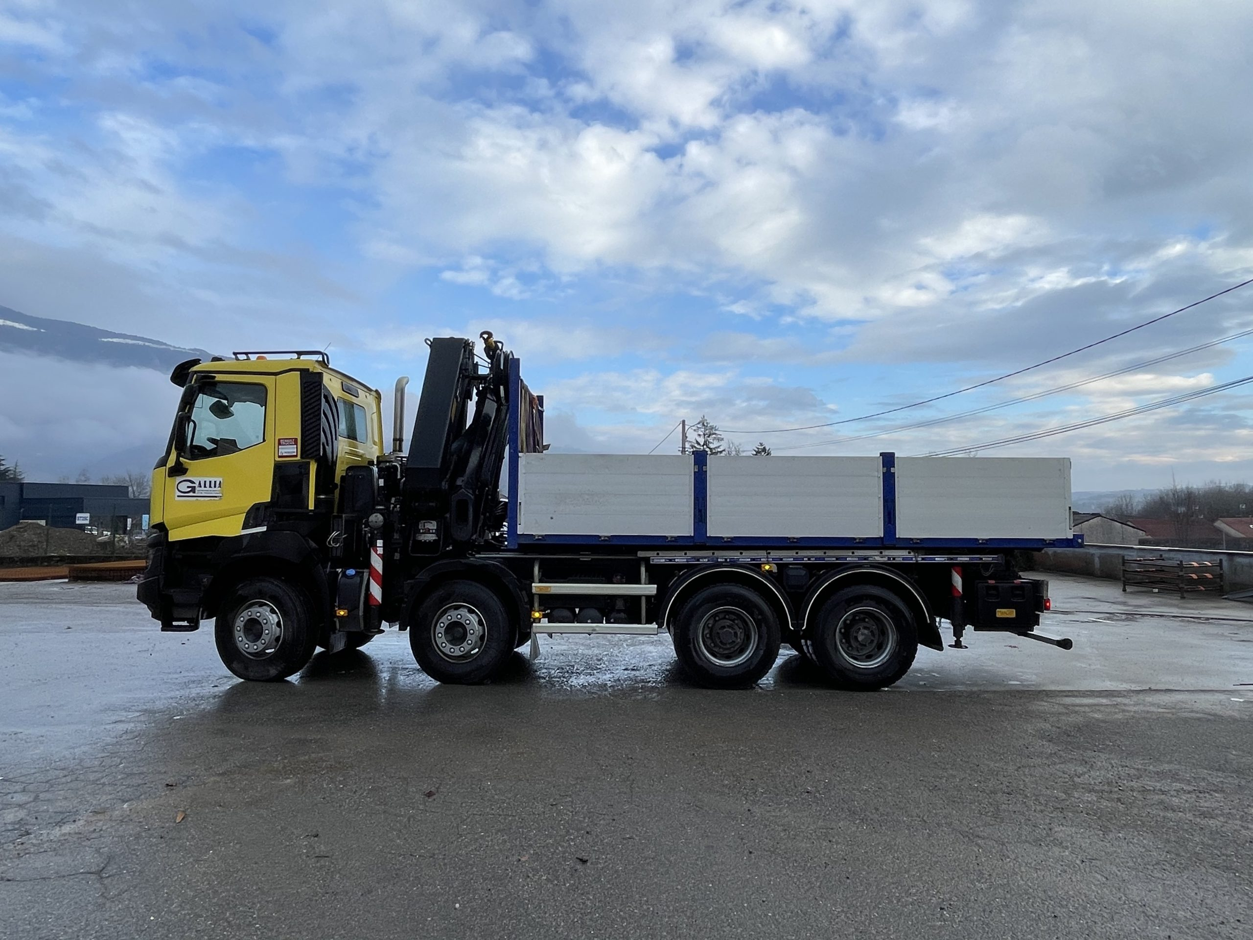 Camion grue Renault 36T